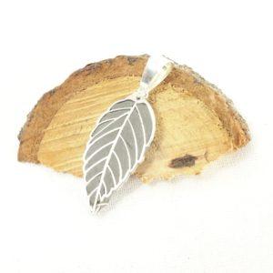 collier aromathérapie Pendentif diffuseur d'huile essentielle en argent feuille- Histoire de bijoux