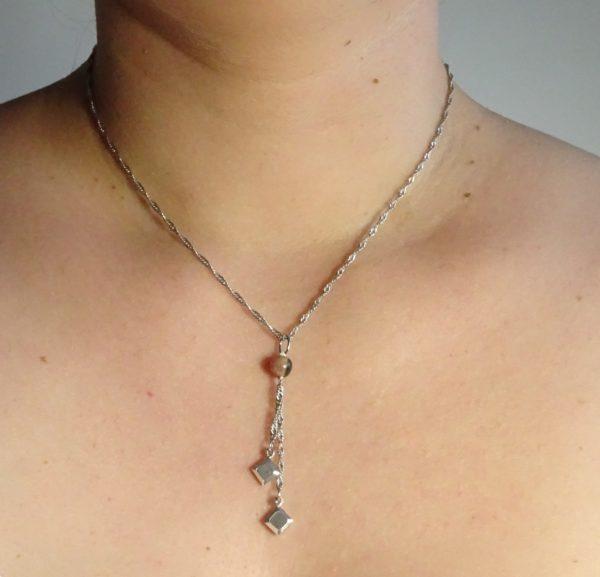 Bijou anti stress -bijou original Histoire de bijoux (rhodonite)